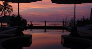 Sunset Over Pool Deedee Villa Retreat Koh Phangan Thailand